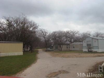 Mobile Home Park in La Vernia TX