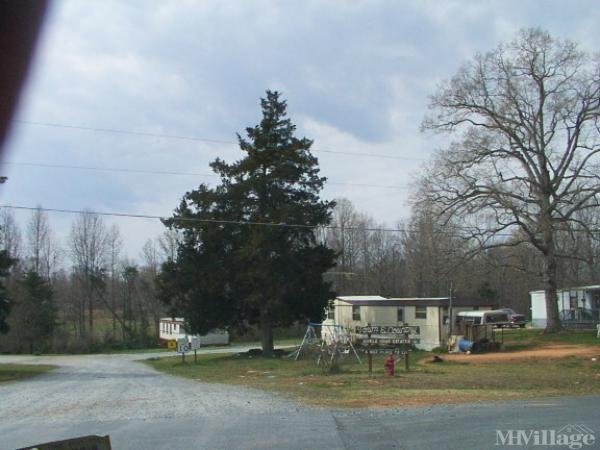 Photo of Towne & Country Mobile Home Park, Franklinville, NC