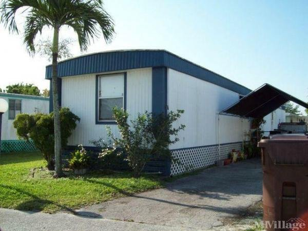 Photo of Palma Nova Manufactured Housing Community, Davie, FL