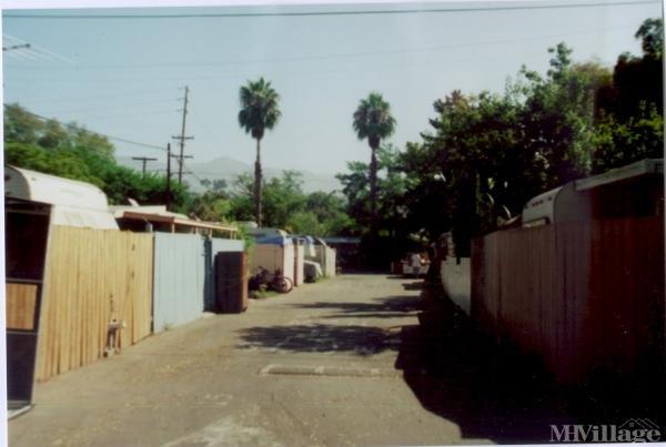 Photo of Deluxe Trailer Park, Santa Barbara, CA