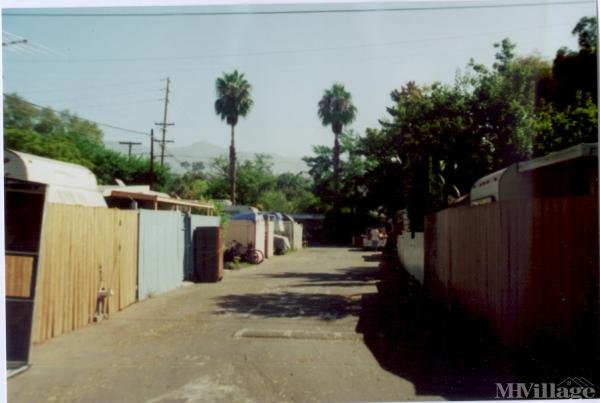 Photo of Deluxe Trailer Park, Santa Barbara, CA