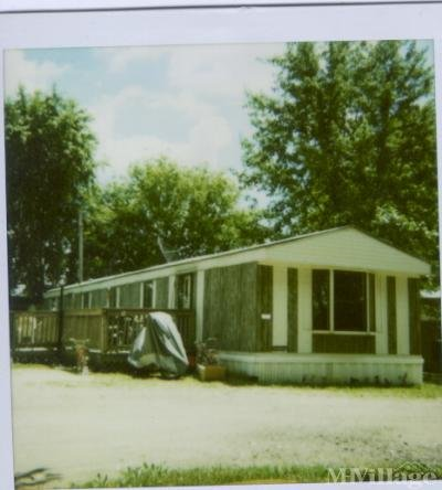 Mobile Home Park in Brooklyn WI