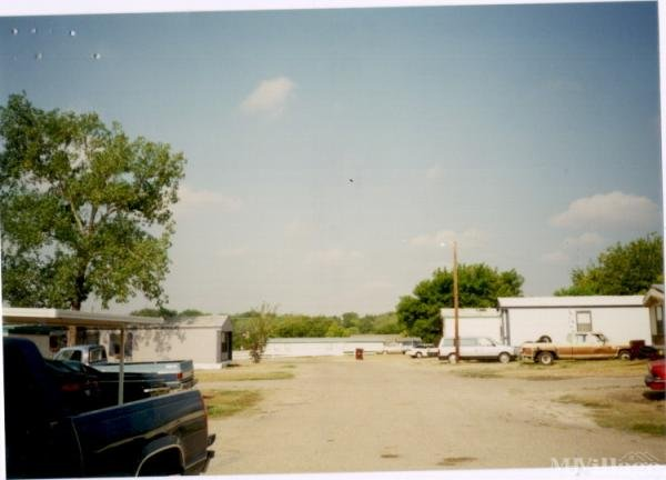 Photo of Taylor Mobile Home Park, Taylor, TX