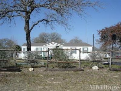 Mobile Home Park in Elmendorf TX