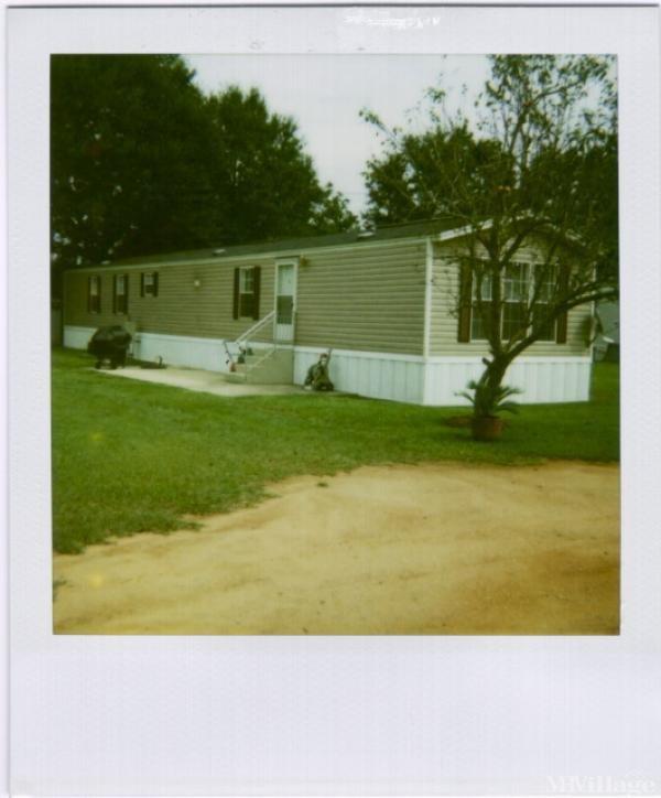 Photo of Hicks Mobile Home Park, Cantonment, FL