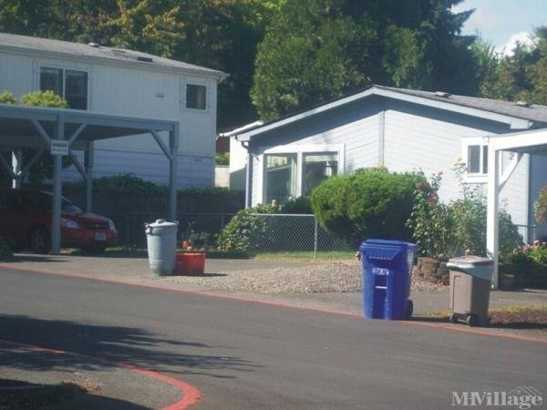 Birdsdale View Acres Mobile Home Park in Fairview, OR