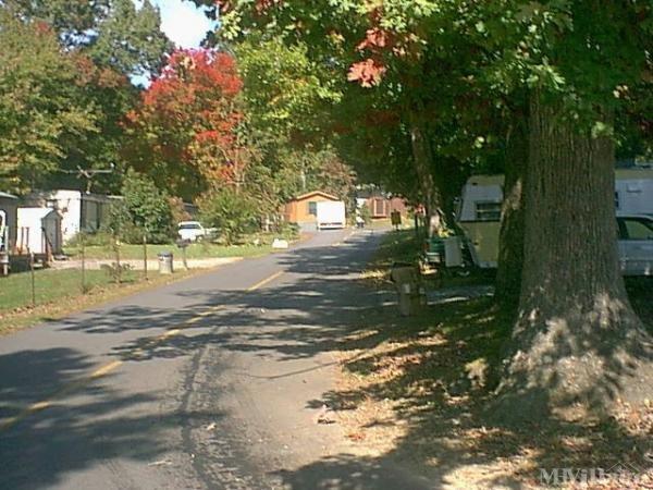 Photo of Step & Nichols Mobile Home Park, Black Mountain, NC