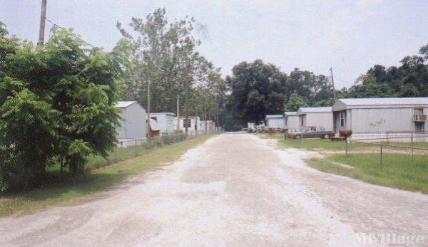 Photo of Franks Mobile Home Park, Spring Lake, NC