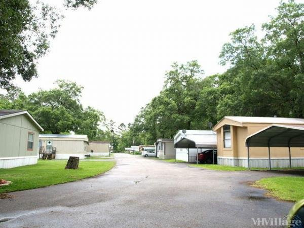 Photo of Country Living Mobile Home Park, Baytown, TX