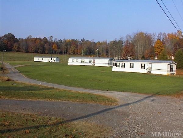 Photo of J & R Mobile Home Park, Morganton, NC