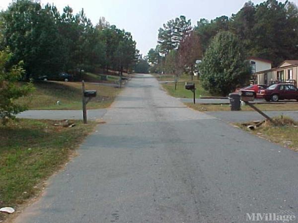 Harrington Woods Mobile Home Park Mobile Home Park in Acworth, GA