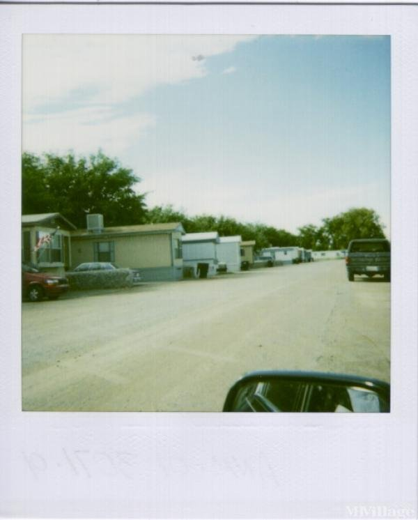 Coverd Wagon Mobile Manor Mobile Home Park in Las Cruces, NM