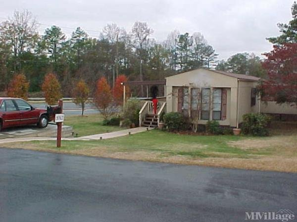 Photo of Happy Valley Mobile Home Park, Powder Springs, GA