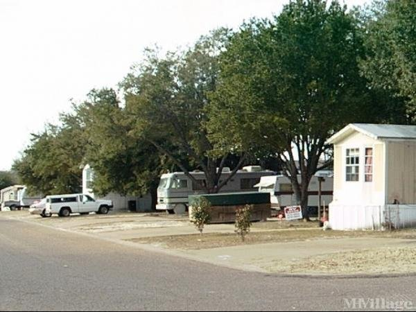 Photo of La Hacienda Estates, Athens, TX