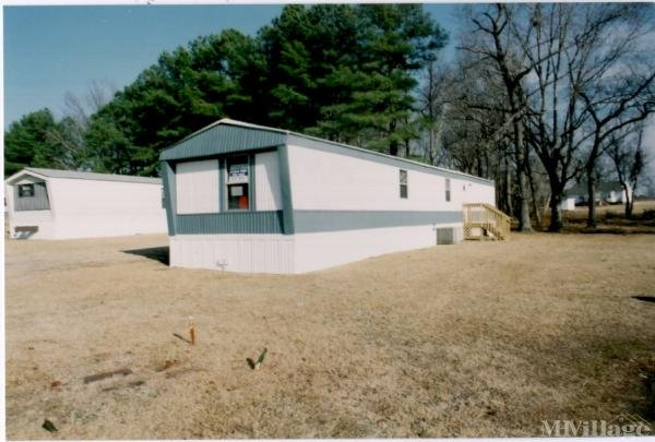 Photo of Powell's Mobile Home Park, Smithfield, NC