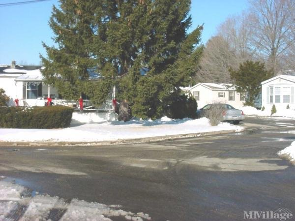 Photo 0 of 1 of park located at 224 Foxon Road North Branford, CT 06471