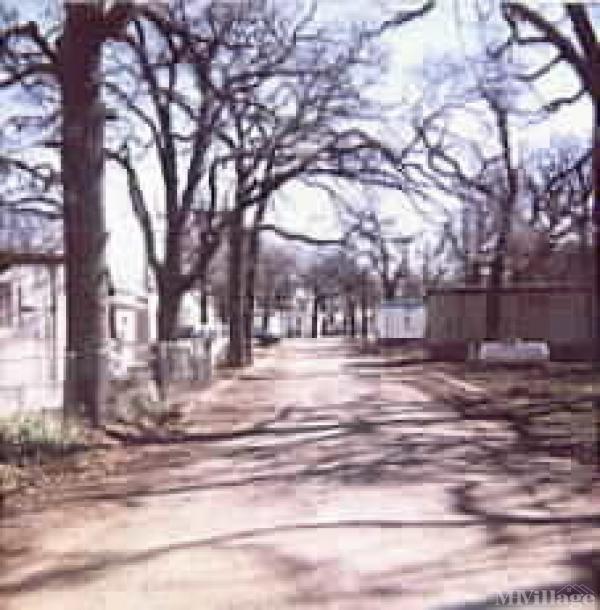 Photo of Royal Oaks Mobile Home Community, Dallas, TX