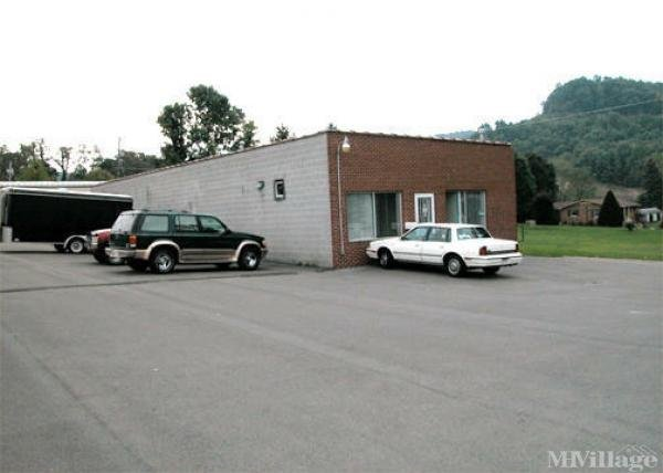 Photo of Raleigh Court Mobile Home Park, Daniels WV