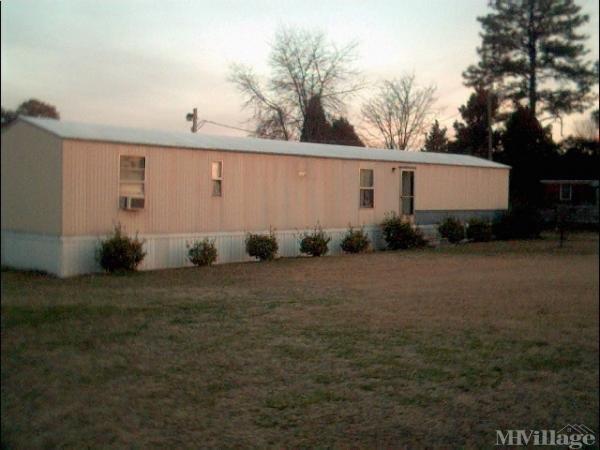 Photo of Poweles Mobile Home Park, Roanoke Rapids, NC