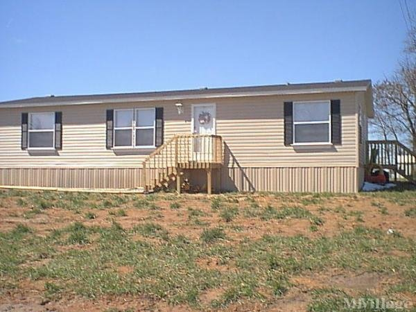 Photo of Windy Hills Mobile Home Park, Dana, NC