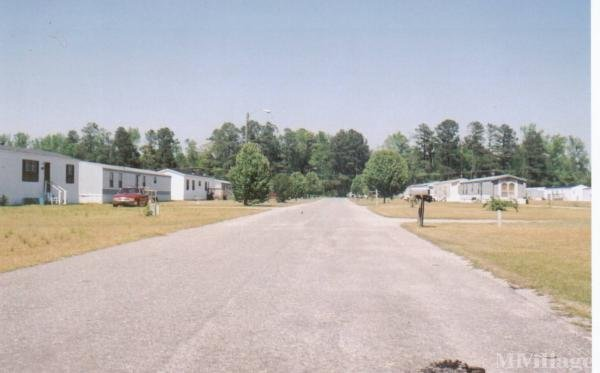 Photo of Woodside Mobile Home Park, Goldsboro, NC