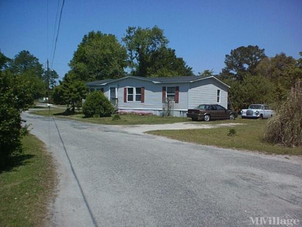 Photo of Oakley Mobile Home Park, Castle Hayne, NC