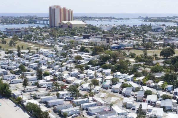 Photo of Bedrock Ocean Tide, Riviera Beach, FL