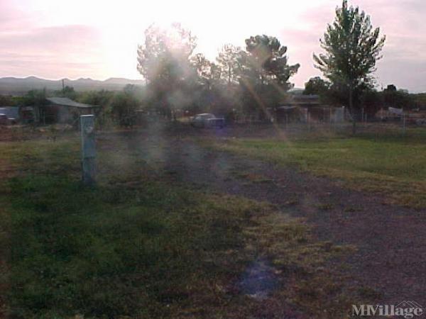 Lucas Trailer Park Mobile Home Park in Dudleyville, AZ