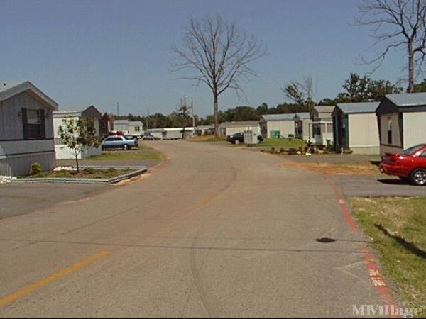 Photo of Comfort Lake Village, Longview, TX