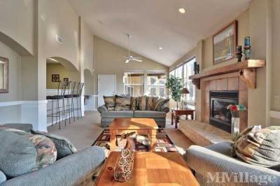 Woodlake Estates MHC