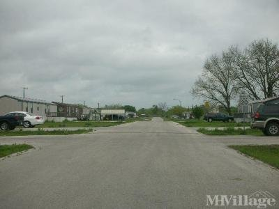 Mobile Home Park in Weir TX