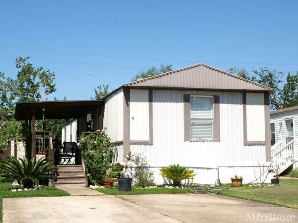 Photo of Seaborne Place Mobile Home Park, Rosenberg, TX