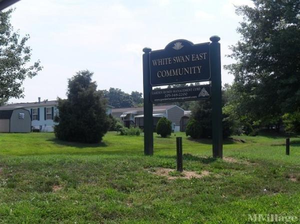 White Swan East Community Mobile Home Park in West Deptford, NJ