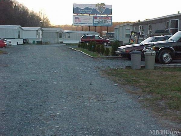 Photo 0 of 1 of park located at Winfrey Ln Princeton, WV 24740