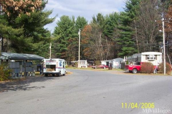 Wilton Estates Mobile Home Park in Gansevoort, NY