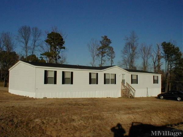 Photo of Traders Bluff Mobile Home Park, Coats, NC