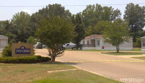 Twin Creeks Mobile Home Community Mobile Home Park in New Albany, MS