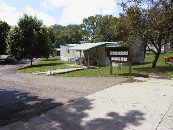 Casey's Park Mobile Home Park in Millersburg, OH