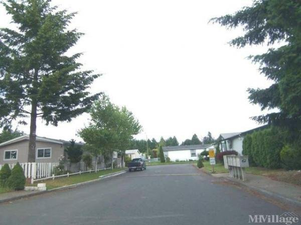 Photo 0 of 2 of park located at 3900 Parkway Blvd Hubbard, OR 97032