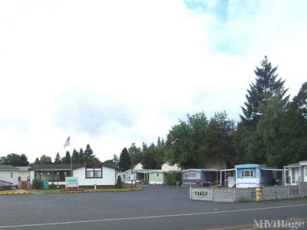 Photo 0 of 2 of park located at 2710 SE Courtney Rd Milwaukie, OR 97222