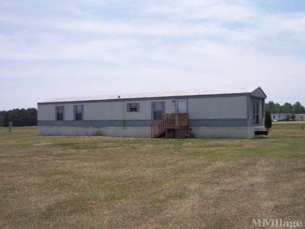 Photo of Mitchell Pond Mobile Estates, Lillington, NC