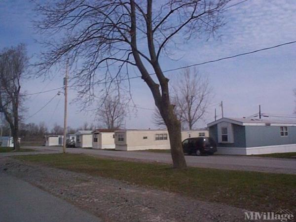 Photo 0 of 1 of park located at 8131 E Main Rd (Rt 5) Le Roy, NY 14482