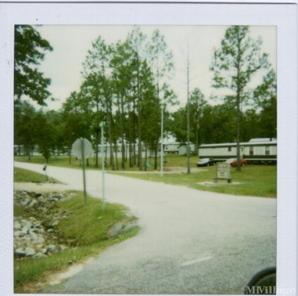 Photo of Pine Knoll Mobile Estates, Spring Lake, NC