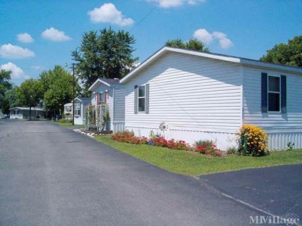 Dearwesten's Gem City Estates Mobile Home Park in Dayton, OH
