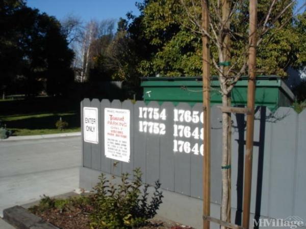 Photo of Colonial Acres MHP, Hayward, CA