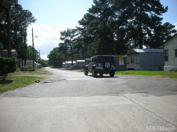 Photo of Pine Valley Mobile Home Village, Lufkin, TX