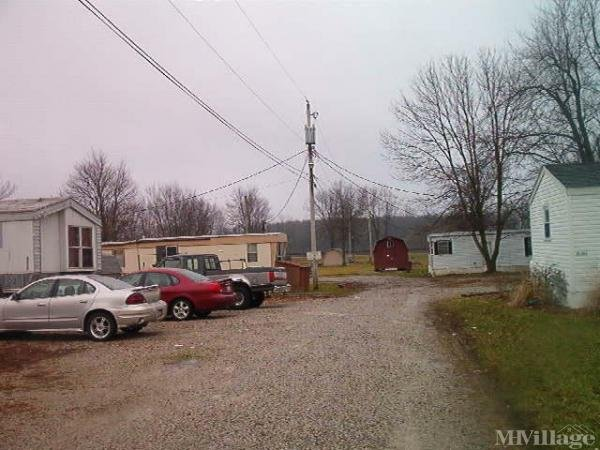 4 T Mobile Home Park Mobile Home Park in Orrville, OH