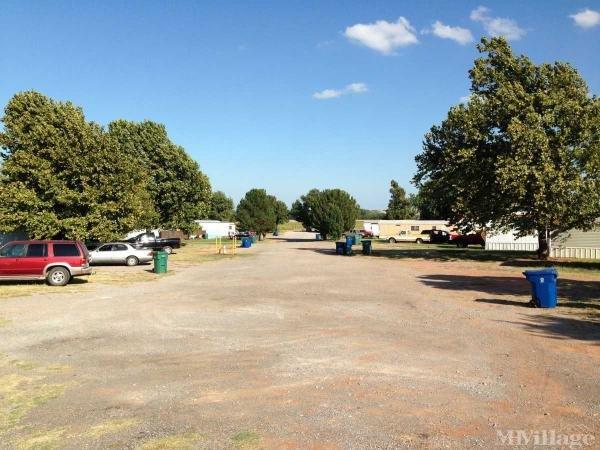 Photo of Tuttle Estates, Tuttle, OK