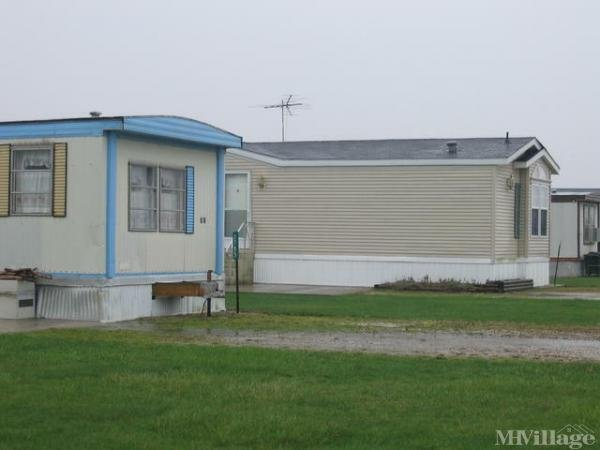 J & T Mobile Home Park Mobile Home Park in Pemberville, OH