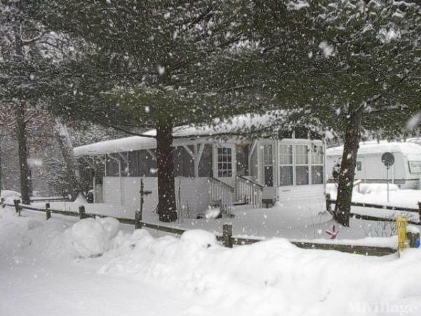 Leisure Time Mobile Home Park in White Cloud, MI